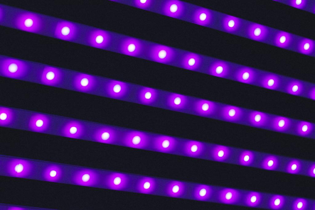 Quantum dots for LEDs