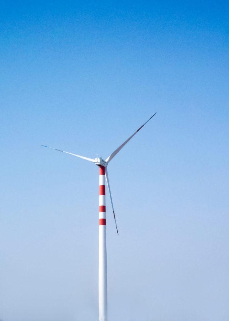 Chlorine chemistry keeps wind turbine blades turning